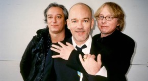 "R.E.M.: un nuovo video per ""Nightswimming"""