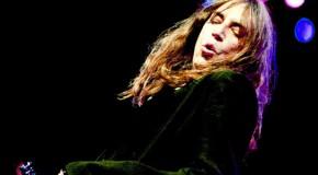 Patti Smith scrive una canzone per Amy Winehouse
