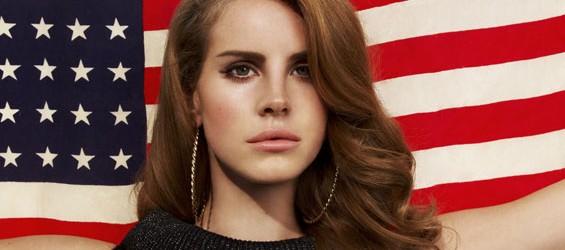 Il metodo di Lana Del Rey per restare coi piedi per terra