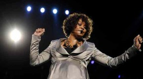 Addio a Whitney Houston
