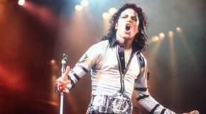 "Ascolta ""Don't Be Messing Around"", inedito di Michael Jackson"