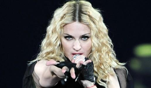 """Madonna contro Hollywood: """"Solo io posso raccontare la mia storia"""""""