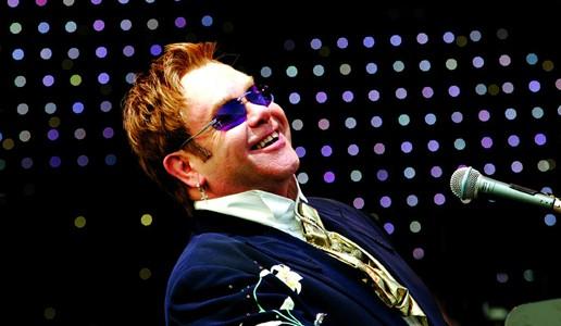 """""""Me"""": viaggio nella vita di Elton John"""