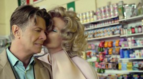 "Bowie: il nuovo video di ""The Stars (Are Out Tonight)"""