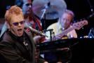 """Elton John: """"Mi ritiro… anzi no"""""""