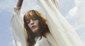 Florence + the Machine: un nuovo singolo e la benedizione degli Stones