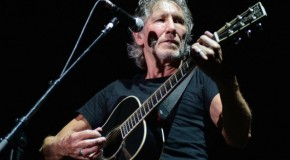 Roger Waters attacca ancora Trump, in un nuovo video
