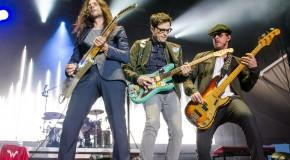 """Weezer: è uscito il nuovo album """"Pacific Daydream"""""""