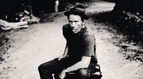 Tom Waits condivide la playlist della sua carriera