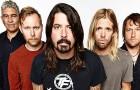Foo Fighters alla brillantina con doppia sorpresa