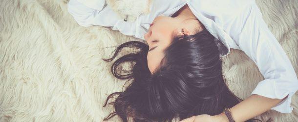 ASMR: i suoni che conciliano il sonno