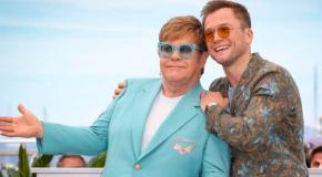 Elton John brilla sulla Croisette… e nel nuovo brano